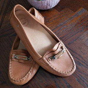 Leather Flat loafer size 8